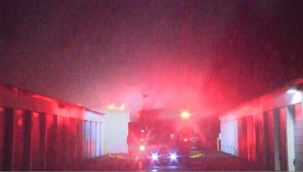 #BREAKING Fire going on now at Clovis Ave Self Storage on Clovis avenue south of Shields.