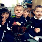 Boys love real life experiences so when the Reception Teachers taught their 'ch' phonics lesson this week, they met Mrs Taylor's chickens! @GoodSchoolsUK @iapsuk @prepschool @prepschoolmag @attainmagazine @intSchools @UrbanFarmingGuy