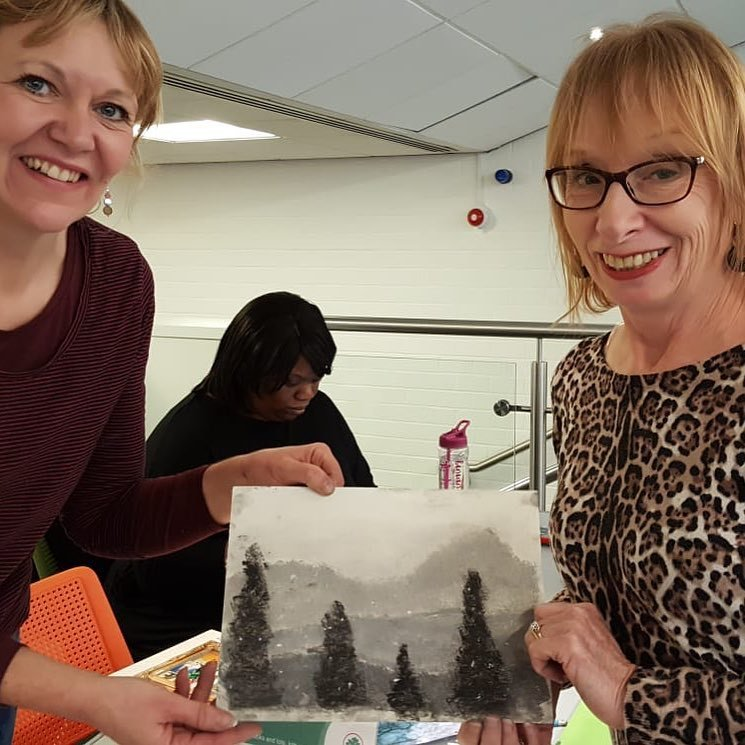 #flashbackfriday from  'This beautiful tonal landscape drawing was drawn today by Jackie Farrell' Drawing in your Lunchtime returns on Tuesday at Sutton Central Library from 1pm-2pm. Tickets are £3.50 in advance: http://socsi.in/8z4wg  #suttonculturalprogramme