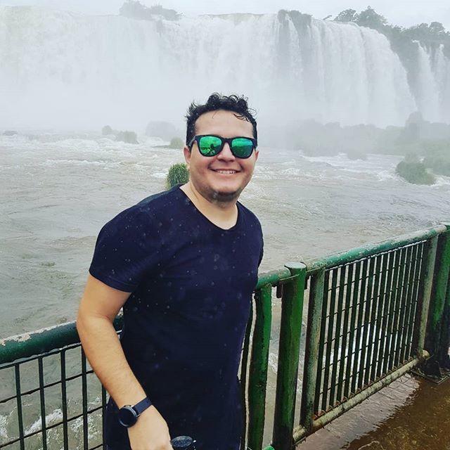 Não vim até aqui pra não me molhar! 🤣🏞️🙏🏻 #fozdoiguaçu #parana #cataratas #brasil #argentina #paraguai #3fronteiras🇦🇷🇵🇾🇧🇷 http://bit.ly/2U0ycfc