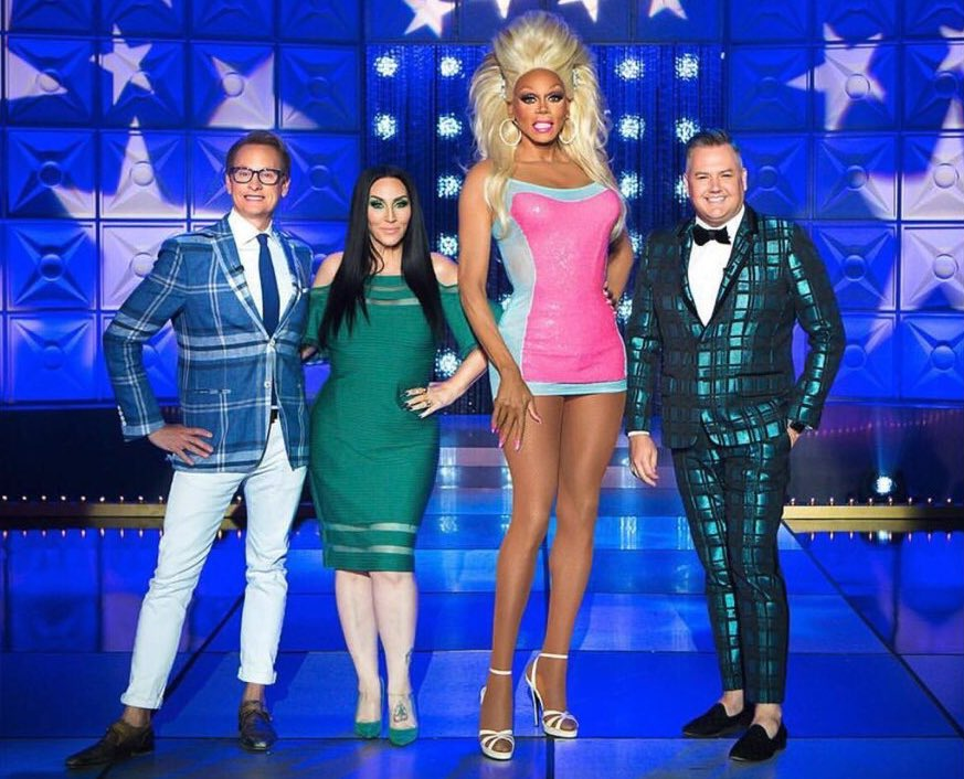 "FRIDAY 8PM ""LaLaPaRuZa"" @RuPaul's Drag Race #AllStars4 continues with an epic lip sync smackdown, on @VH1. https://t.co/YwJg4t5HN4"