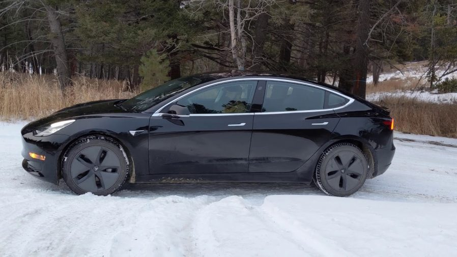 Tesla Model 3 Awd >> Insideevs On Twitter Watch Tesla Model 3 Awd On Snowy