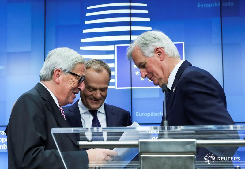Popcorn to hand, EU watches Brexit show but frets for own future @macdonaldrtr @MichelReuters https://reut.rs/2MiTphX
