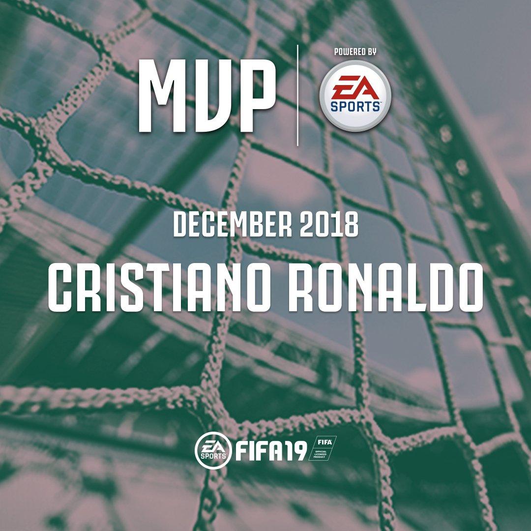"""Sarà un Monday Night speciale per @Cristiano  che prima di #JuveChievo riceverà da un fortunato #JuventusMember il premio come """"#MVP of the Month Powered by @EA_FIFA_Italia """" per il mese di dicembre! http://juve.it/NyD730nmGQ7 http://Juventus.com/Membership"""