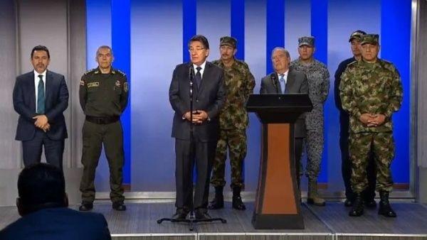 Gobierno de #Colombia rompe diálogo con el ELN por supuesta autoría del atentado con explosivos en la Escuela de Policía General Santander https://t.co/i0py0JdHvT  En redes sociales, rechazan la decisión de politizar el atentado, cuya investigación aún está en curso.