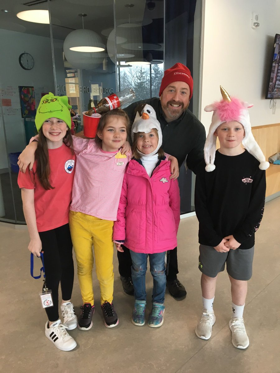 RT <a target='_blank' href='http://twitter.com/Mburkeart'>@Mburkeart</a>: Check out crazy hat day!! <a target='_blank' href='http://twitter.com/DiscoveryAPS'>@DiscoveryAPS</a> <a target='_blank' href='http://twitter.com/HeyJReDiscovery'>@HeyJReDiscovery</a> <a target='_blank' href='http://search.twitter.com/search?q=spiritday'><a target='_blank' href='https://twitter.com/hashtag/spiritday?src=hash'>#spiritday</a></a> <a target='_blank' href='https://t.co/ekxwfccZVI'>https://t.co/ekxwfccZVI</a>