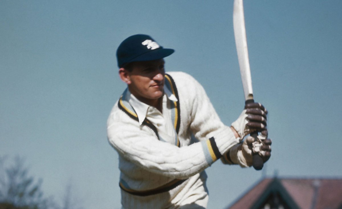 📅 #OnThisDay in 1955, Len Hutton became the first active professional cricketer to become a Member of the Club.  With 6,971 Test runs - average of 56.67 - during his career, as well as, three 100s at Lord's, he was certainly worthy of the honour!  #LoveLords