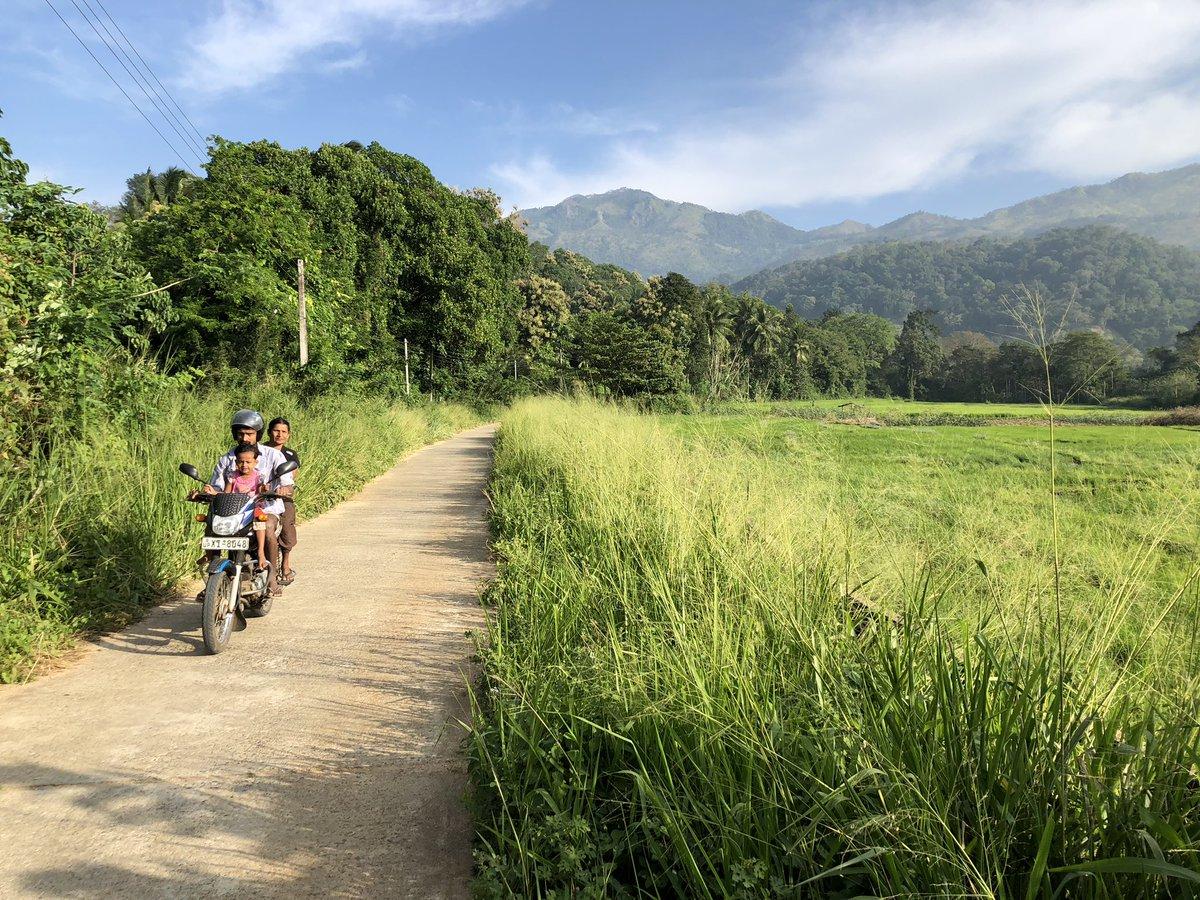 Family buzzing by on a motorcycle, near Wellawaya, Sri Lanka 🇱🇰