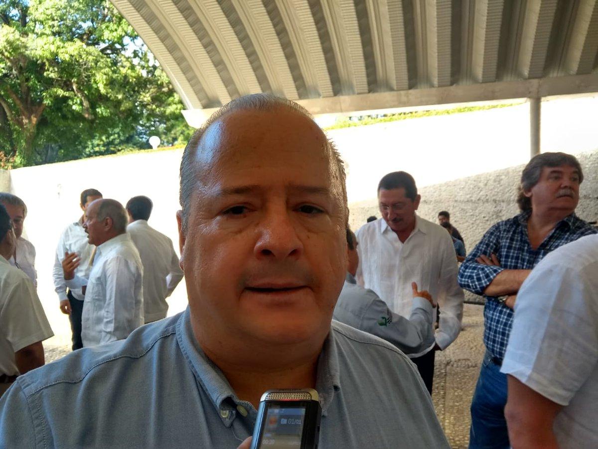 xevt - xhvt's photo on Comité
