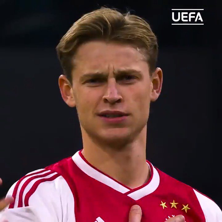 "🕵️‍♂️ #UCL Scout:  ℹ️ 91% pass completion in the group stage 🎯  🇳🇱 Frenkie de Jong: ""Normally midfielders only pass the ball but I dribble as well."" 👌  #UCL @AFCAjax"