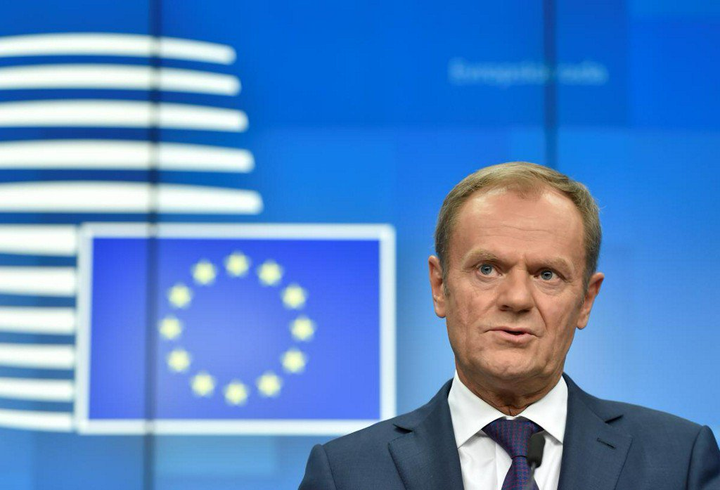 EU's Tusk, UK's May discuss 'next steps' on Britain's side on Brexit https://reut.rs/2DiCDg2