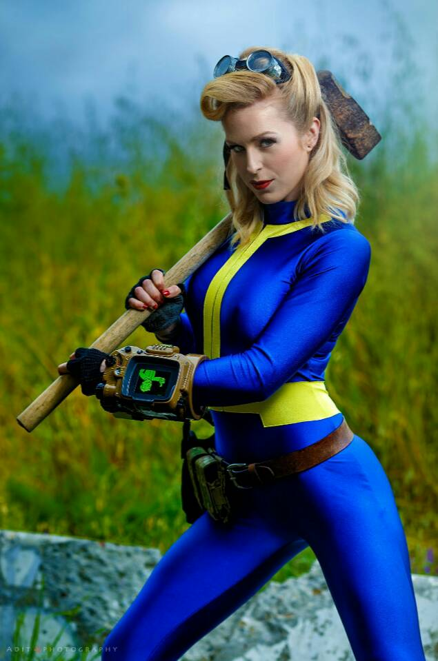 Vault Dweller (Fallout). Cosplayer: Unknown (Identify her if you can). Ph: Adit Photography <br>http://pic.twitter.com/YKYYJjHGP9