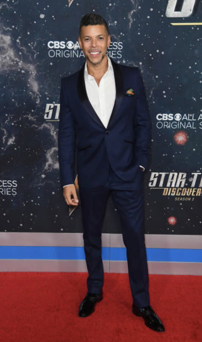 This stunning tuxedo in navy blue, (a nod to the discovery uniform color I don't wear ) and patent leather loafers were created by my new friend and fashion partner, @CBatesMenswear ! Thank you for helping make last night more magical and even BOLDER!  #startrekdiscovery<br>http://pic.twitter.com/YKZaa949Uy