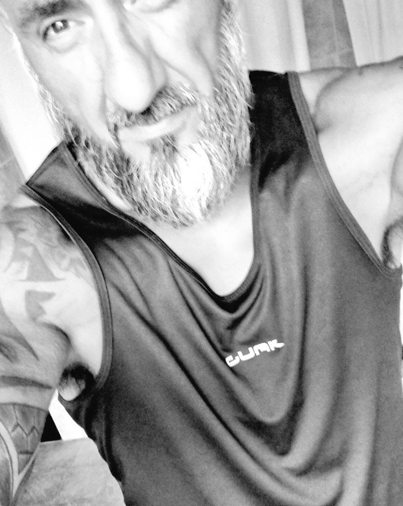 🇦🇷 #SoloUnNegritoMas 🇦🇷's photo on #ViernesDeCaraTapada