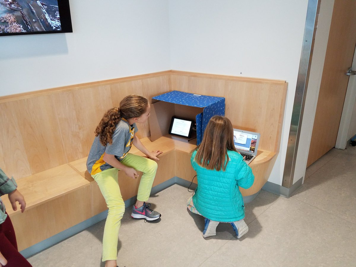 If I fits, I sits. (And learn.) <a target='_blank' href='http://twitter.com/DiscoveryAPS'>@DiscoveryAPS</a> students take advantage of our collaborative and corridor spaces for a wide variety of learning, like this <a target='_blank' href='http://search.twitter.com/search?q=podcasting'><a target='_blank' href='https://twitter.com/hashtag/podcasting?src=hash'>#podcasting</a></a> unit with <a target='_blank' href='http://twitter.com/kaitlin_oby'>@kaitlin_oby</a>! <a target='_blank' href='https://t.co/osI9GqDinz'>https://t.co/osI9GqDinz</a>