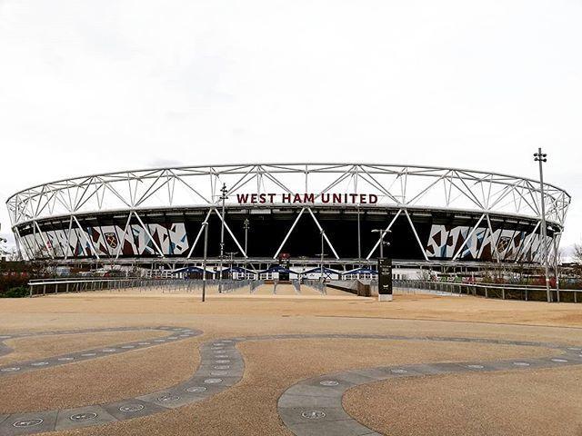 West Ham United - London Stadium 🏴 #groundhopping #groundhopper #westham #westhamunited #thehammers #hammers #irons #coyi #football #london #england #greatbritain #britain #unitedkingdom https://www.instagram.com/p/BsyUvp8FbIy/