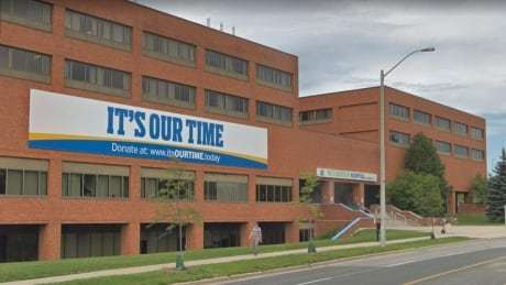 'Keep your hands off': Doctors caution against moving wards from Scarborough hospital https://t.co/tqCzBIsGeJ