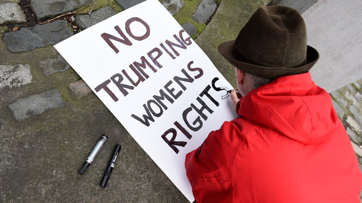 Women's marches hope to sidestep controversy https://reut.rs/2FKhPzO
