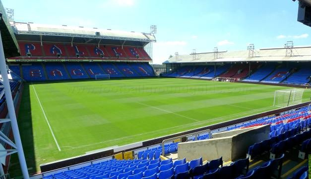 Crystal Palace have confirmed plans to shelter homeless people at the club.  Rough sleepers can stay at Selhurst Park when temperatures go below freezing.  Brilliant gesture, @CPFC 👏 #CPFC.