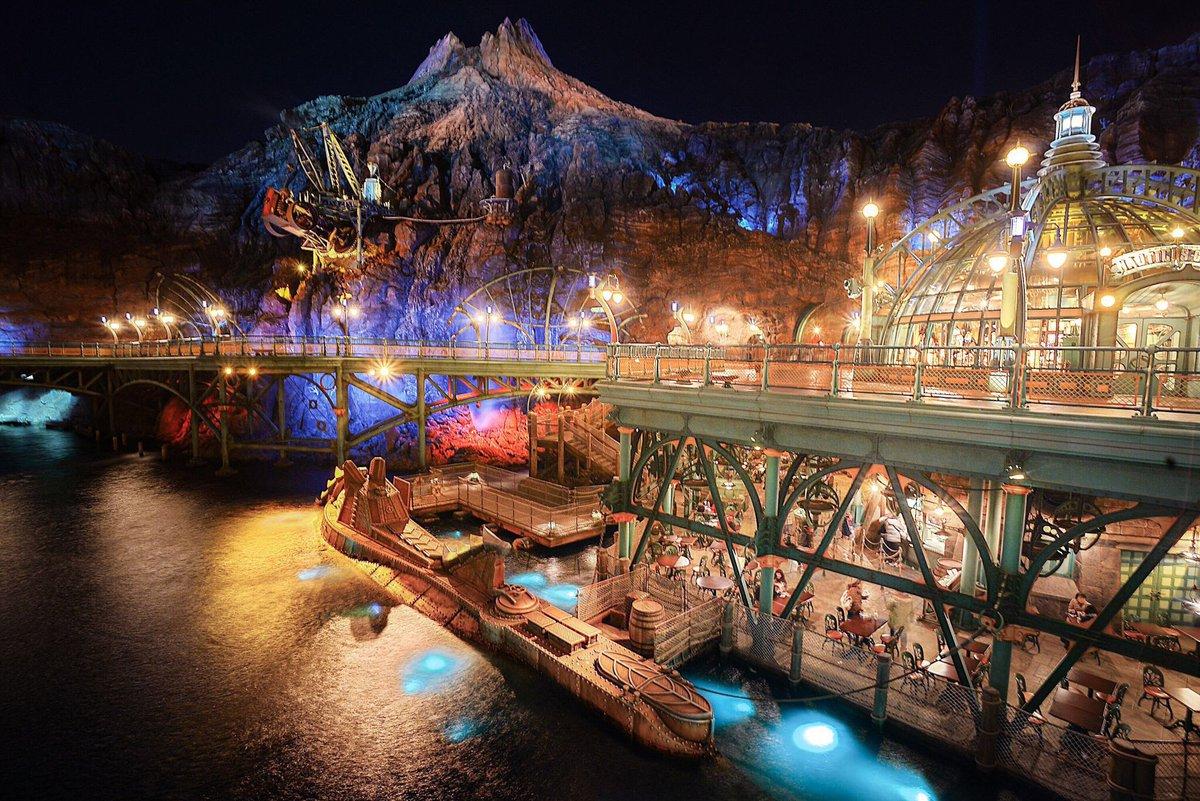 RT @m_e_w_012: 東京ディズニーシー冬の夜景めぐり🌌  ふわっときらっと、なイメージで仕上げてみた☺️  #photography #東京ディズニーシー #tds #美しきTDSの風景 https://t.co/Fe3983tNvT