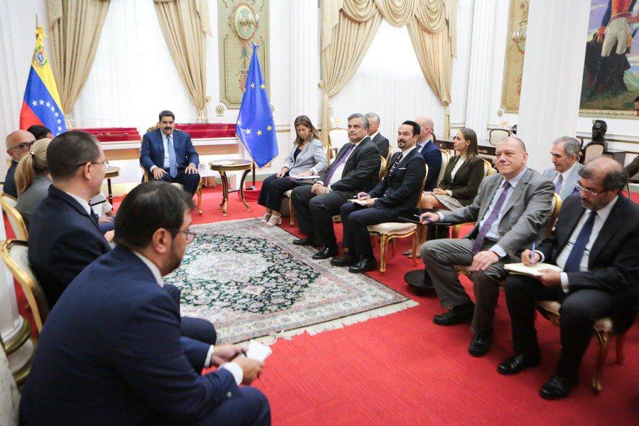 Sostuve una productiva reunión con embajadores de la Unión Europea. Conversamos temas de interés común y abrimos canales de diálogo y de entendimiento, en el marco del respeto y la autodeterminación de los pueblos.