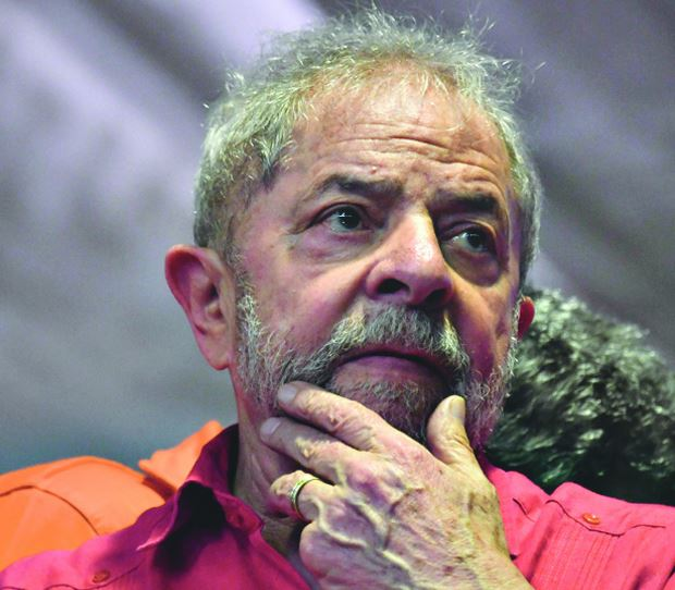 Palocci diz que entregou dinheiro a Lula em caixas de celular e uísque https://t.co/EbEx0P7YFP
