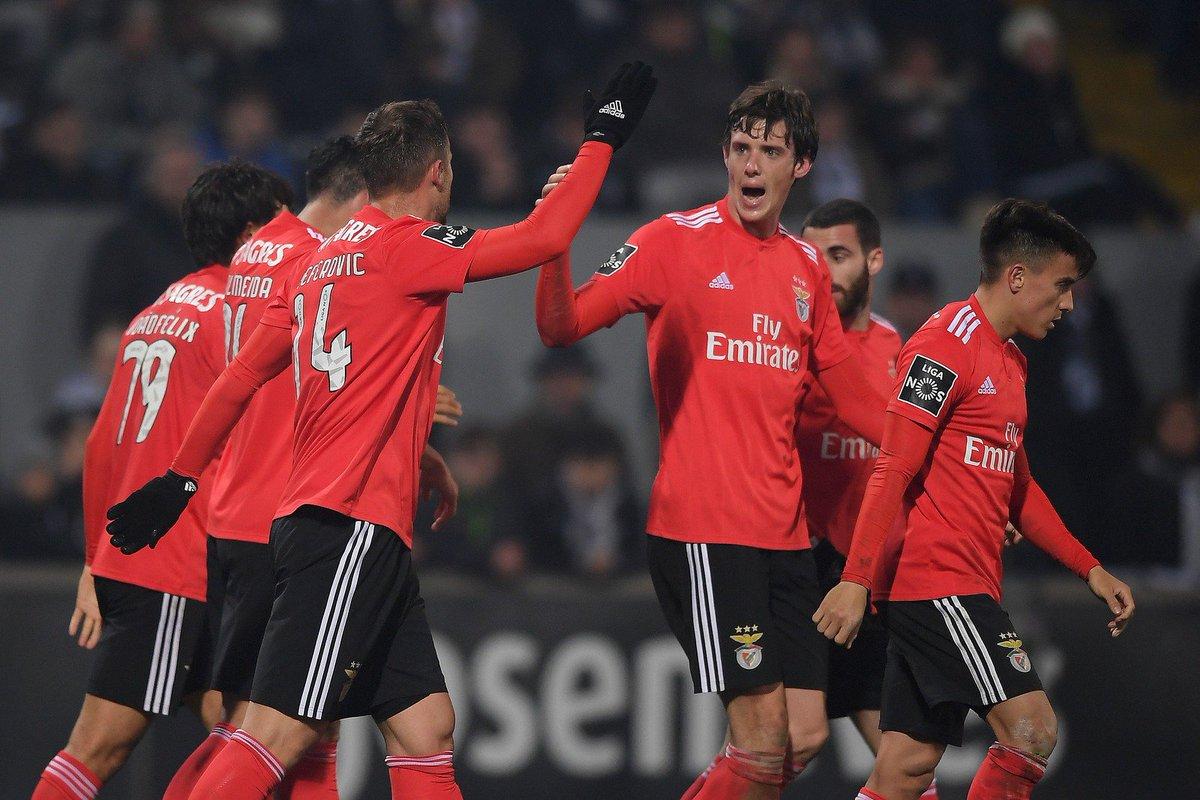 Benfica vence o Vitória de Guimarães por 1 a 0 pelo Campeonato Português https://t.co/sGRMlwFLP4
