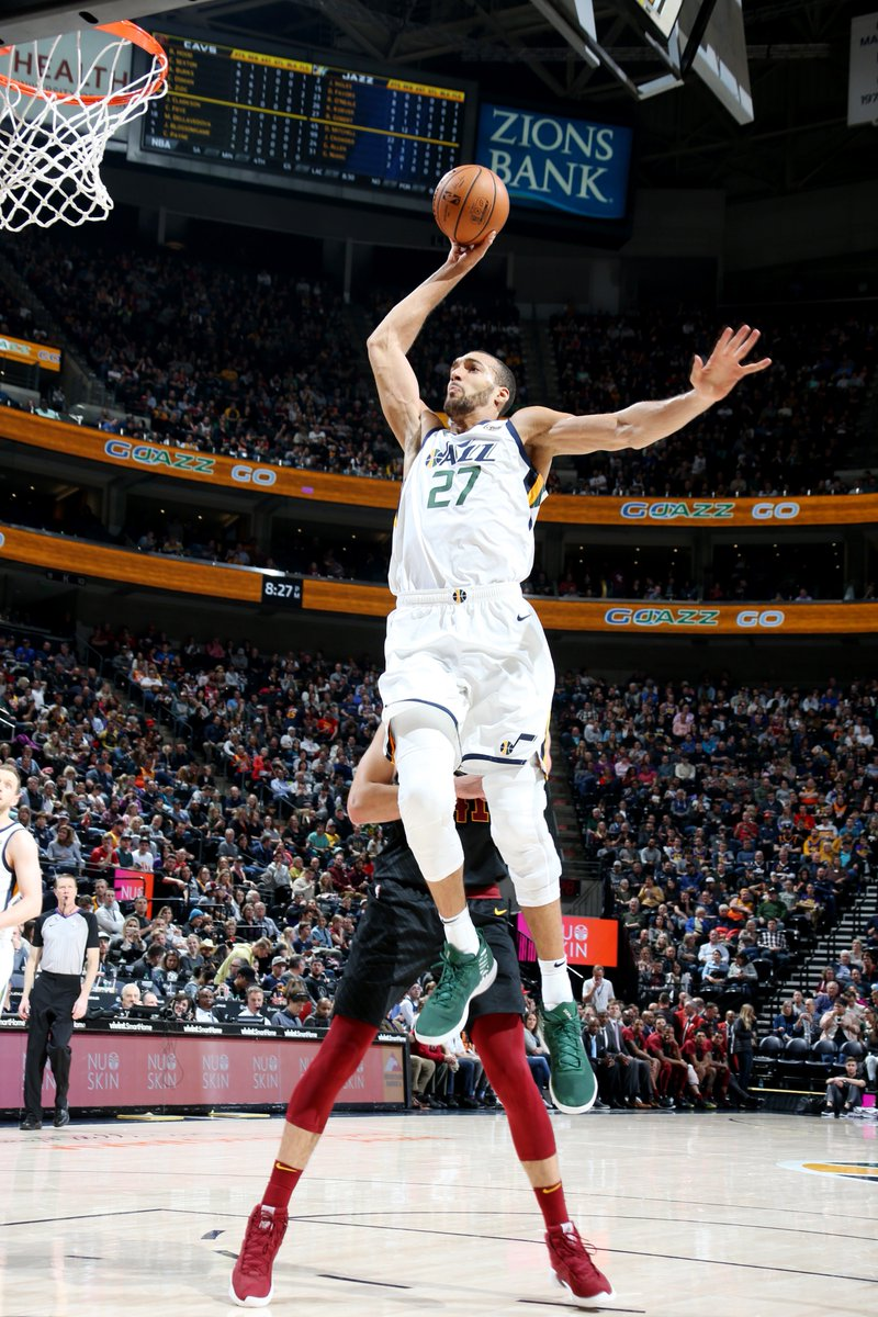 Th @utahjazze  defeat CLE behind 19 PTS, 15 REB, 5 AST, 2 BLK from Rudy Gobert #TeamIsEverything!    #BeTheFight115  99  Donovan Mitchell: 24 PTS, 4 AST Royce O'Neale: 16 PTS, 11 REB, 5 AST