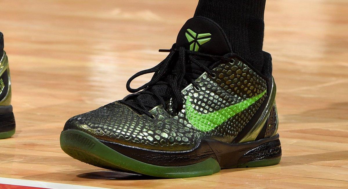 ".@tobias31 brought back the ""Rice"" Nike Kobe 6 tonight. 📸: @ADBPhotoInc"