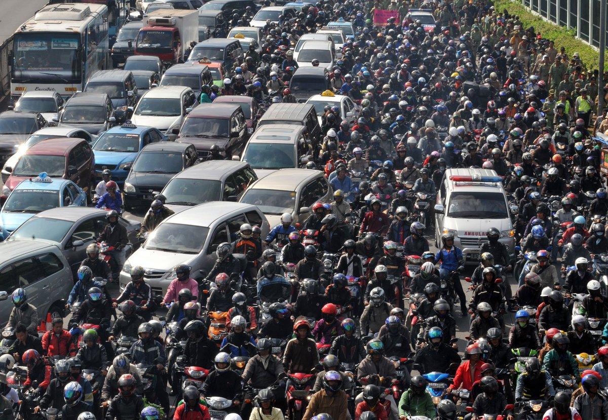 東京がジャカルタに抜かれる、30年までに人口世界一の座失う見通し https://t.co/AjvBDTap7j