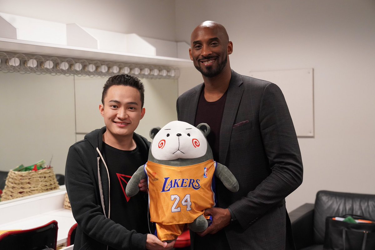 It was amazing to talk about our shared values. Let's continue to wake up every day doing the things we love! @kobebryant #TRON #MambaMentality<br>http://pic.twitter.com/WI6m6OvkeK &ndash; à Yerba Buena Center for the Arts Theater