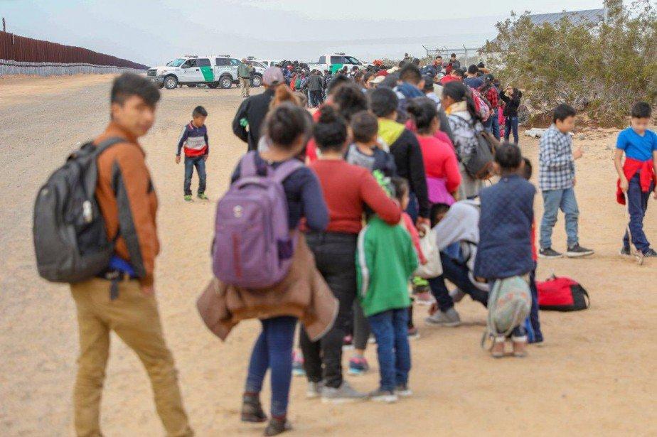 Des patrouilleurs arrêtent 376migrants en Arizona https://t.co/5wWOOS6538
