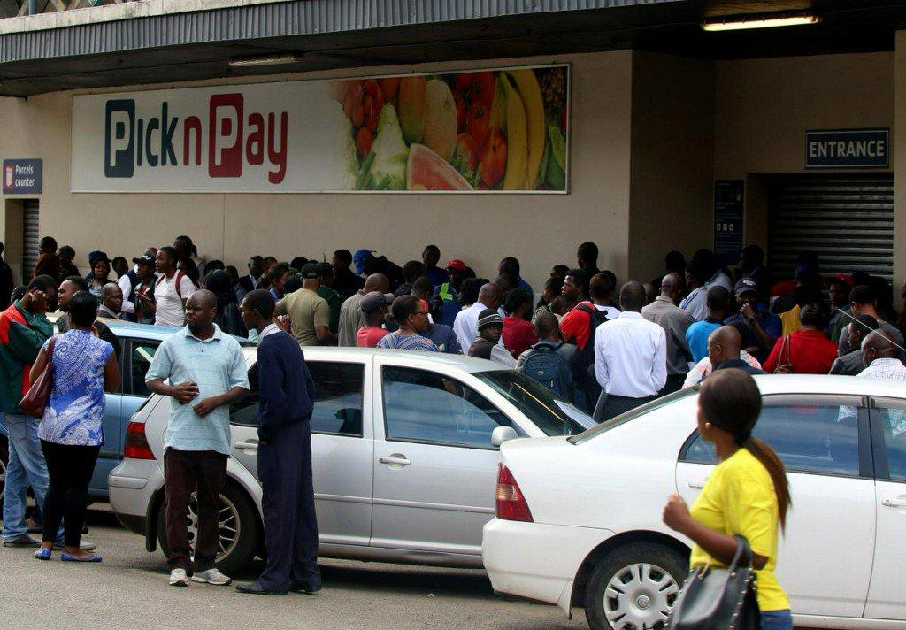 Hundreds detained after Zimbabwe protests as U.N. denounces crackdown https://reut.rs/2U6Ygpl