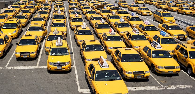 NYC is cracking down on cabbies who hustle customers at airports: https://trib.al/NocRSKf
