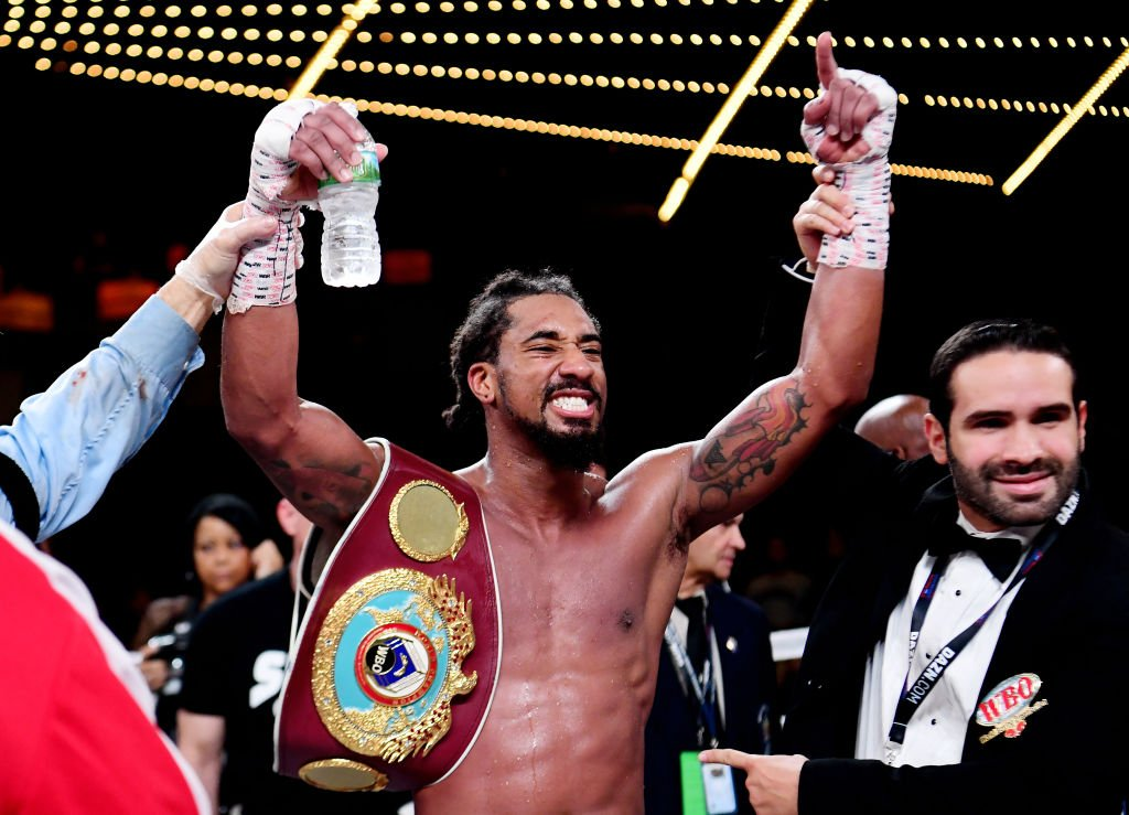 #AndStill 🏆  Demetrius Andrade earns a controversial 12th-round stoppage over Artur Akavov to make the first defence of his WBO middleweight title 🥊