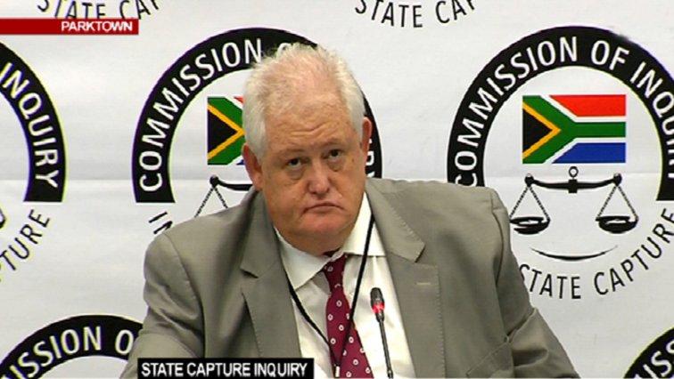 Bosasa paid Motsoeneng's legal fees: Agrizzi  Former Bosasa COO Angelo Agrizzi has confirmed that the company paid the legal fees of former SABC COO Hlaudi Motsoeneng. https://t.co/Hem29fLEDo