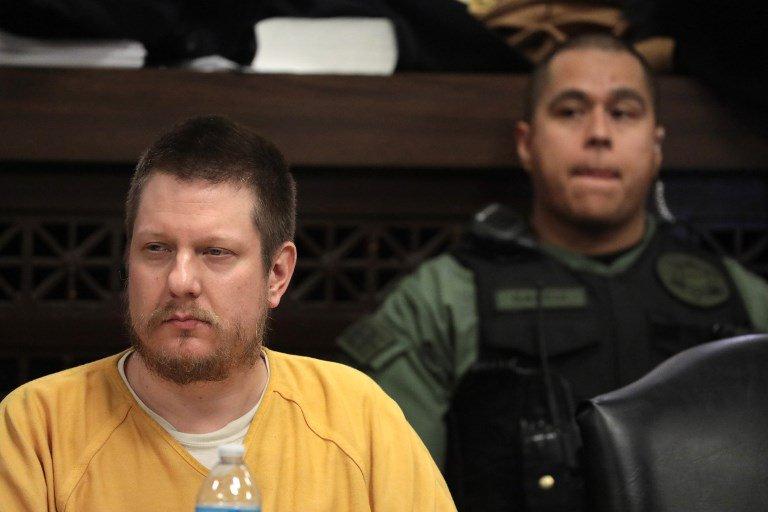 Chicago: un policier blanc condamné à 7 ans de prison pour avoir tué un jeune Noir https://t.co/Cf47zMICGL