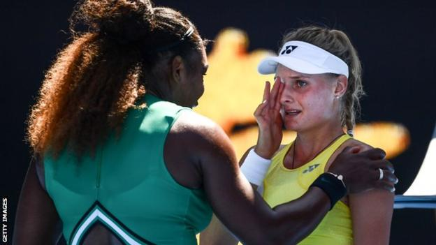 Australian Open 2019: Serena Williams comforts teenager after third-round victory https://t.co/YgucGqV9UE https://t.co/toBh7mvTe8