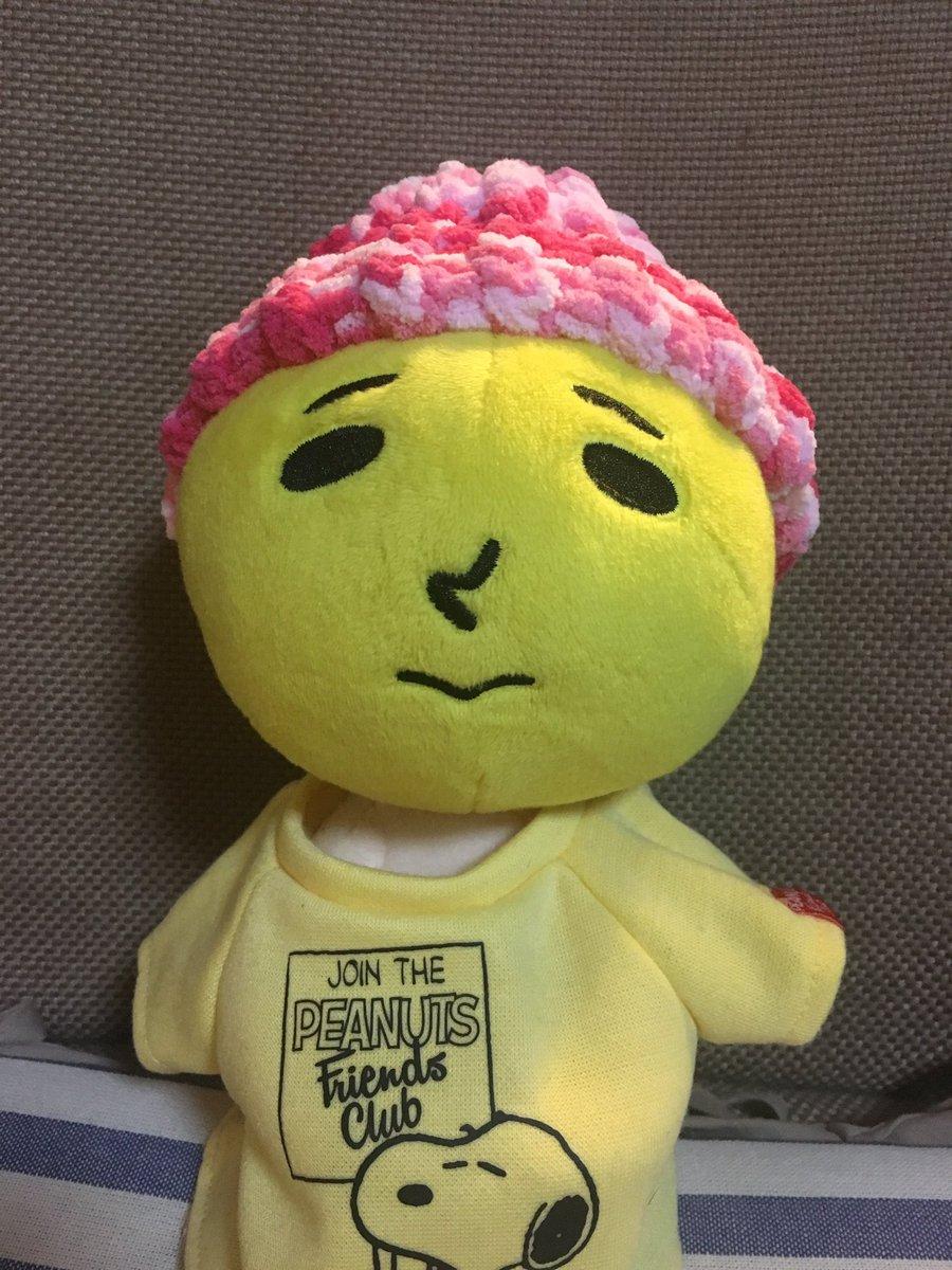 test ツイッターメディア - 去年の冬に買ったダイソーの毛糸deリリアン サークルで太郎さんにニット帽編んでみた^^*…だが、ちと太郎さんや、頭でかいよ…無理やり感ハンパないよwニット帽専用の編み機が入手出来たらまた編むからキツキツだけど我慢してねw #毛糸deリリアン #ダイソー https://t.co/Rack07vXw4