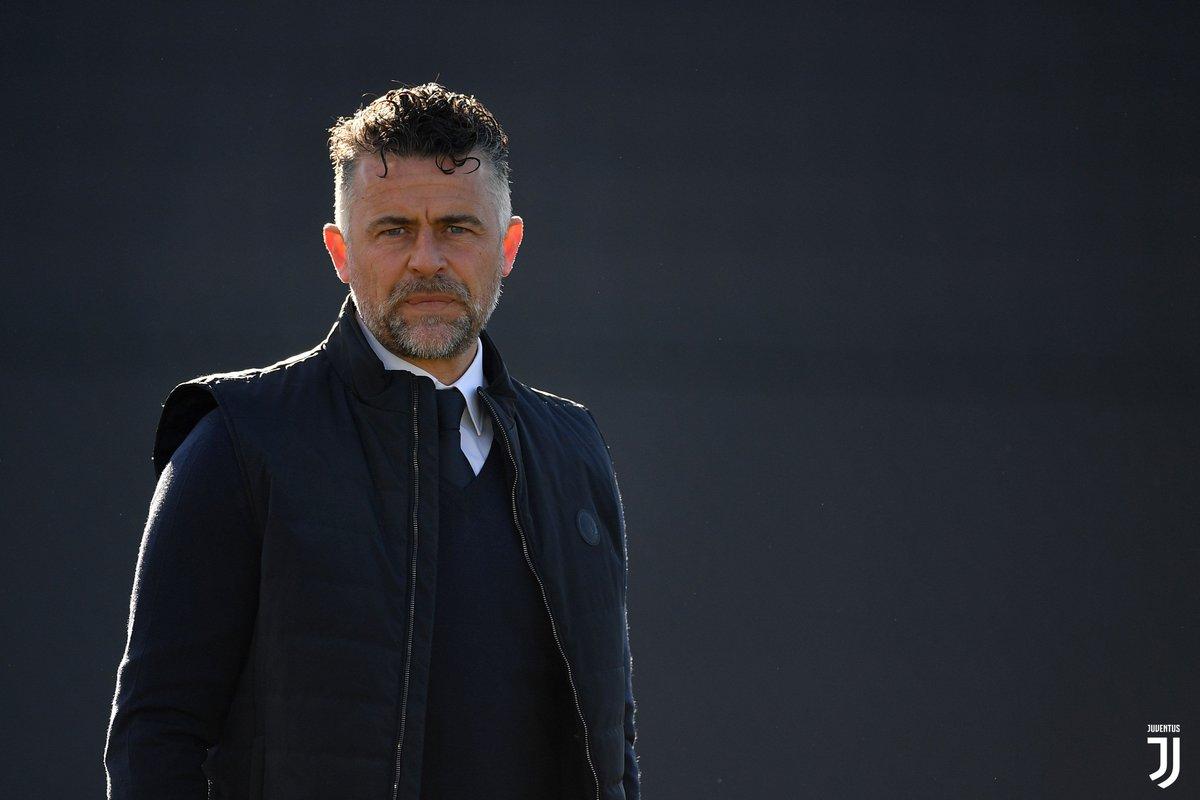 #Primavera: pari esterno nel big match con il Napoli.  🗞 Il match report ➡️ http://juve.it/uGFh30nniX6   #NapoliJuve #ForzaJuve