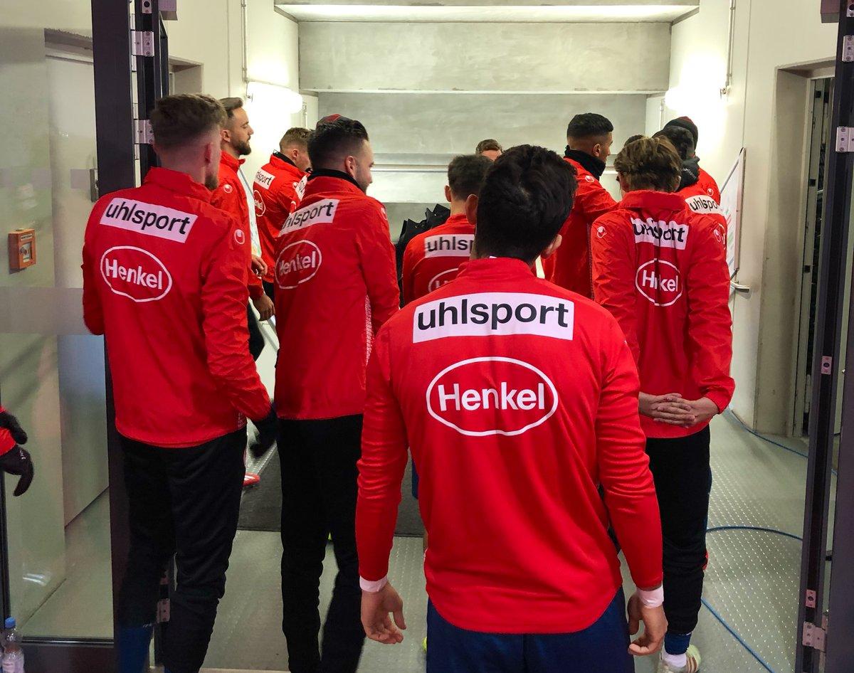 Unser Team ist bereit 🤙🏻  Raus geht's Jungs!  #f95 #FCAF95