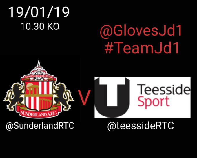Game day. @GlovesJd1 Gloves to the ready 🔥🔥⚽️⚽️🧤🧤 #TeamJD1 Photo