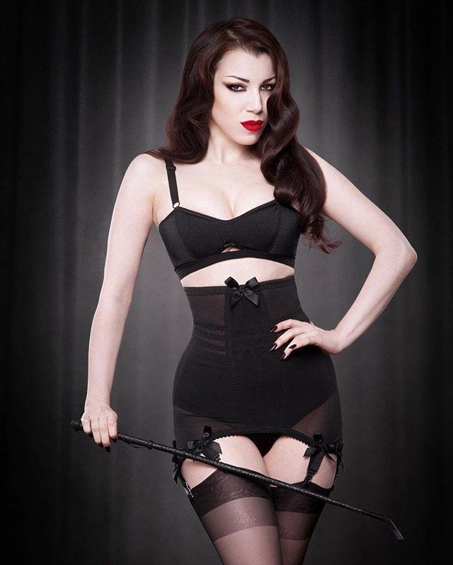 d55d17f552a  shapewear  girdle  longlinegirdle  shaper  vintage  ret…  http   bit.ly 2AWnjnH pic.twitter.com SGlPeDVUCN