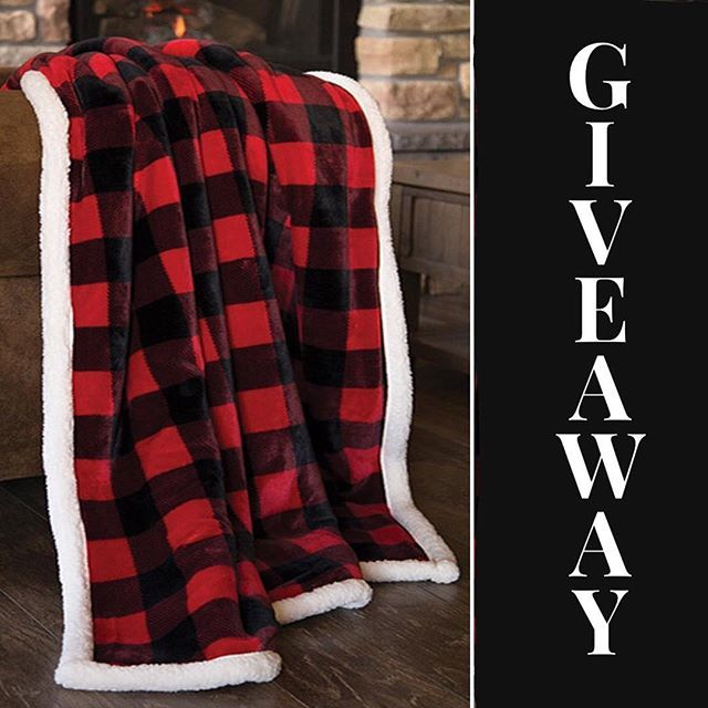 🎉#PoshinateKiddosGiveaway🎉 🌬Winter's not over yet ❄️ Stay cozy with this luxurious, thick fleece blanket, lined with super soft #Sherpa. Beautiful one of a kind comfort. Perfect for cuddling 💕 Winner announced Sunday, January 27  3 easy steps qualify… http://bit.ly/2U4OcNv