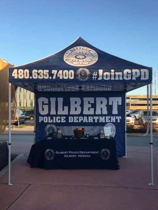 Our recruiters will be at the @GilbertMarket this morning until 12PM! 🚔 Interested in a career where you can make a difference in your community? Please stop by to learn more! 👋 Info ➡️ #JoinGPD #SaturdayMorning Photo