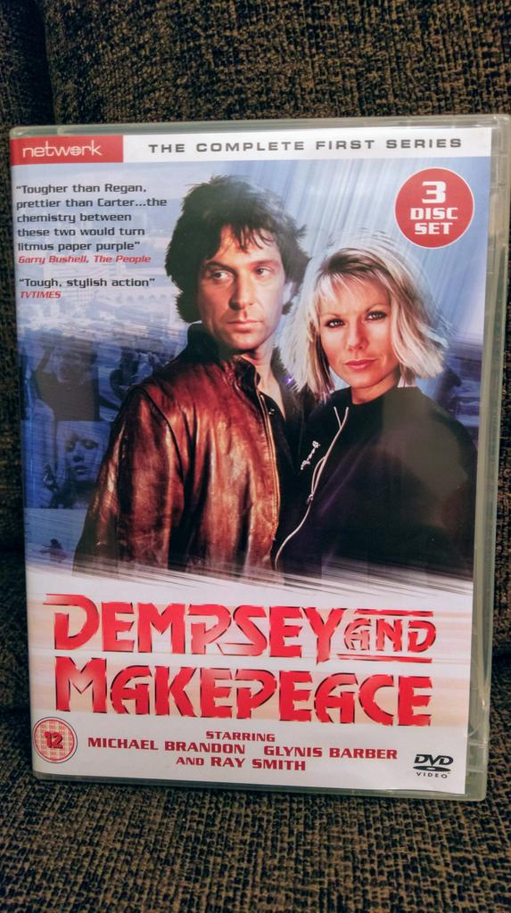 What a great way to spend a Saturday afternoon.  #DempseyAndMakepeace @MsGlynisBarber @MrMBrandon @DempMake<br>http://pic.twitter.com/RPGWxIndI5