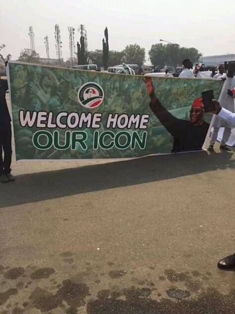 """The awe on Atiku's arrival at Abuja is supernatural! Nigerians across all boards have accepted the simple message: """"Let Get Nigerian Working again"""". You can keep sitting on the fence, but history won't be fair to you. #Atikulated"""
