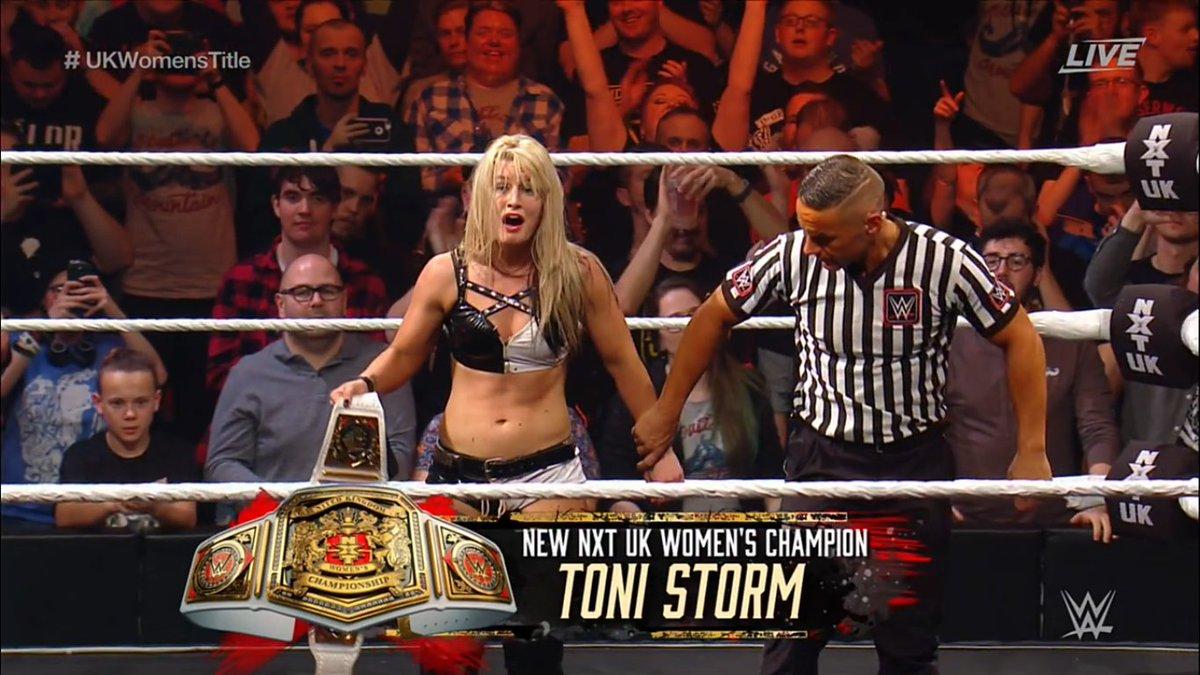 So, about last week... #NXTUKTakeOver #GrizzledYoungVeterans #ToniStorm #ToniTime #Bruiserweight #Ringkampf https://t.co/KGdVokGSJZ