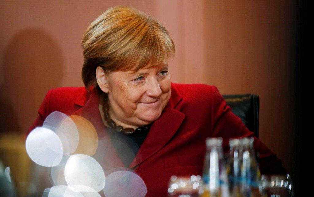Merkel eyes closer cooperation in EU defense systems https://t.co/BikcLhL2a9