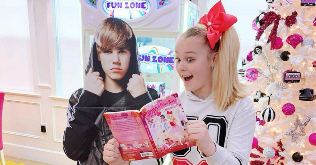 If you thought the Justin Bieber vs. JoJo Siwa feud was over...think again! https://t.co/dwM5gzmZaB